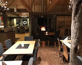 thumb-muotkan-maja-wilderness-lodge-restaurant