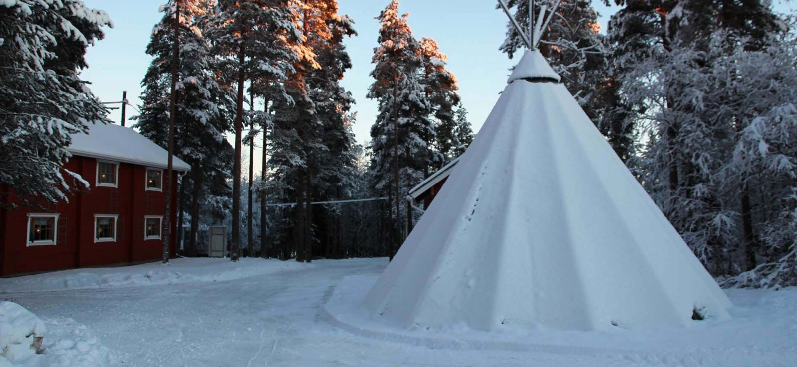 loma-vietonen-lodge-lapland-header